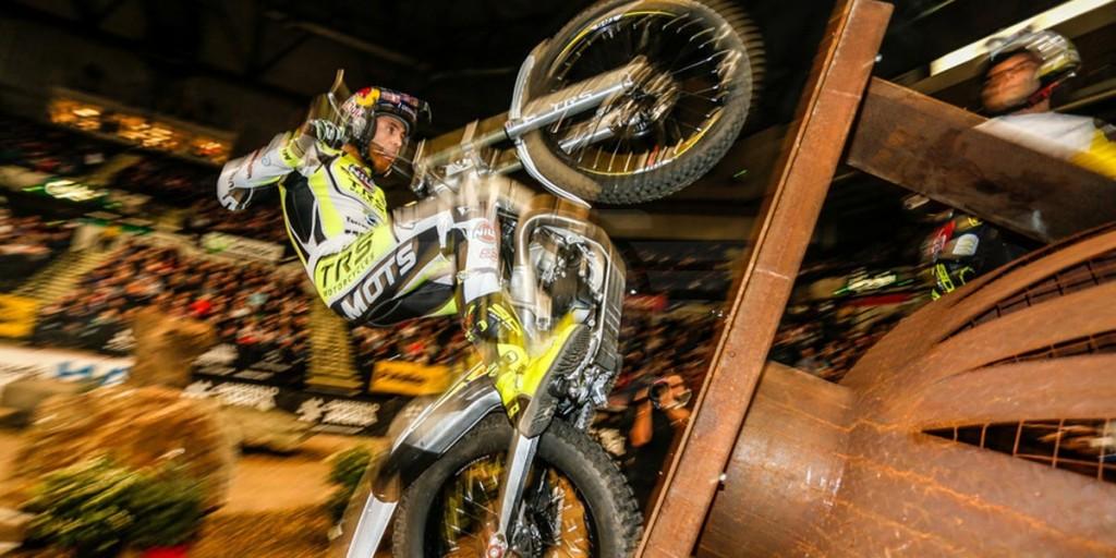 Adam Raga Trial Indoor 2016