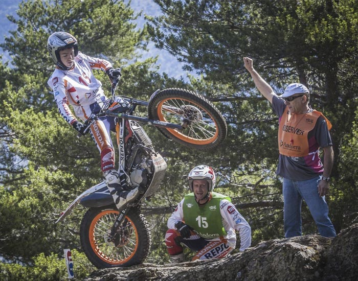 Jaime Busto world trial rider 2016