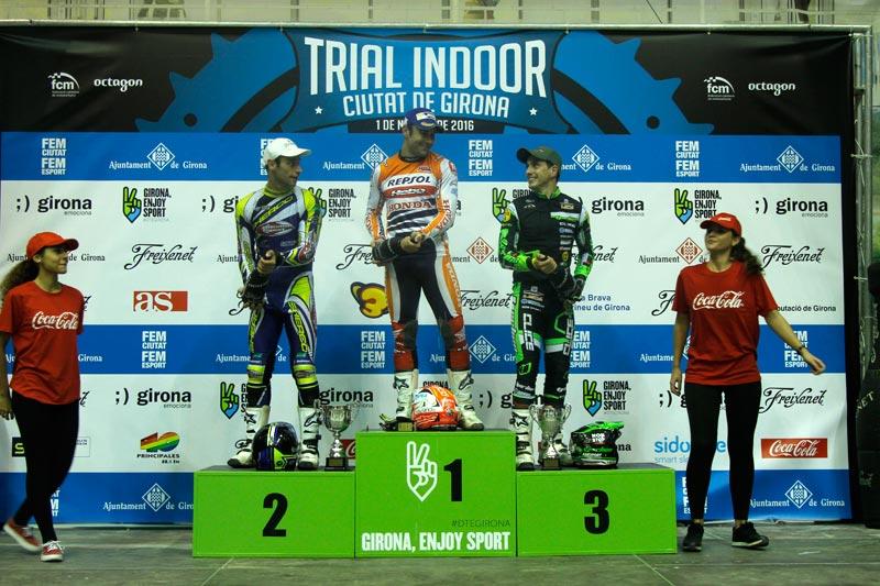podium trial indoor girona 2016