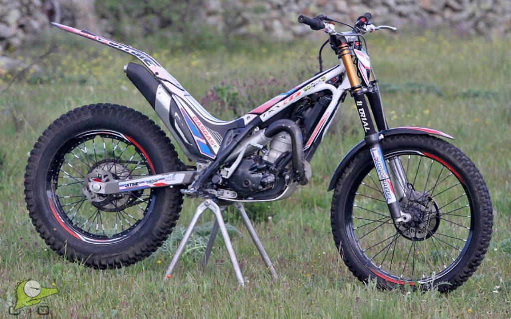 alquiler de moto de trial
