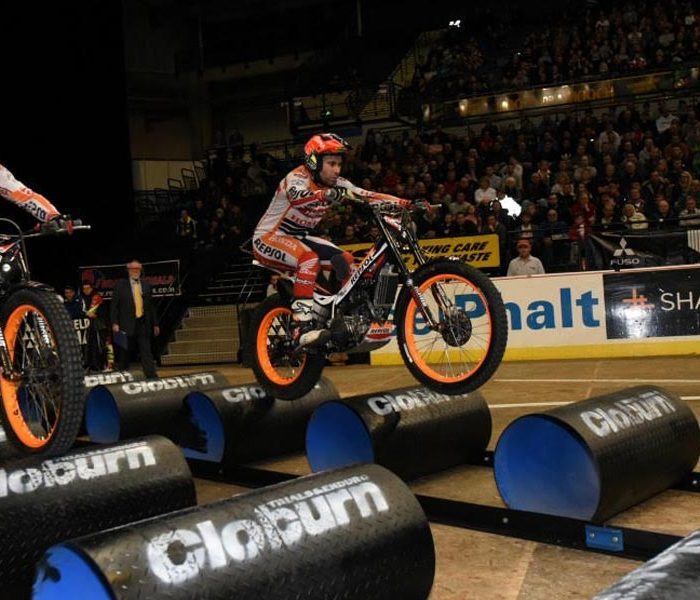 Toni Bou vence el Trial Indoor de Sheffield