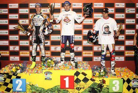 bou_podium_ind12