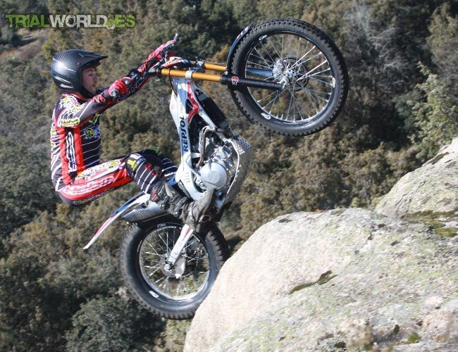 Montesa Cota Dunlop D803GP Trial