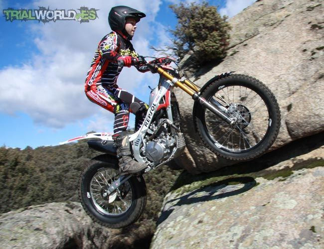 Dunlop D803GP Trial
