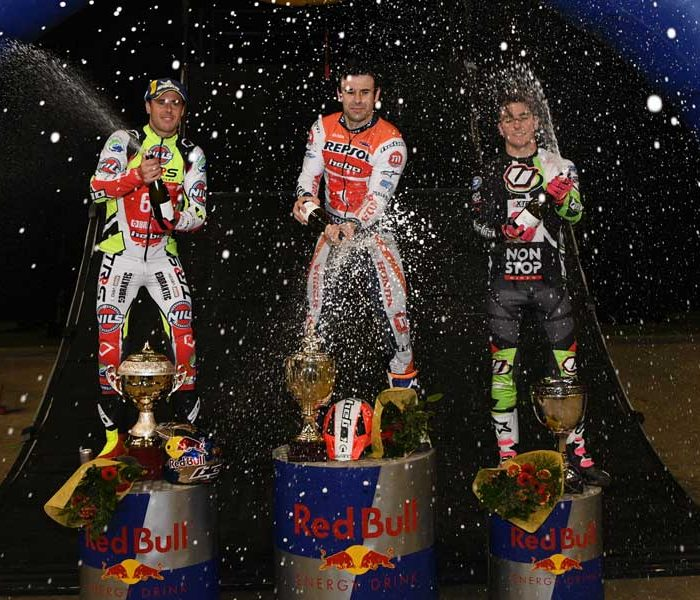 Toni Bou se impone en el Trial Indoor de Sheffield
