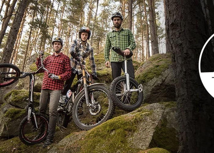 All We Together 3: espectáculo de trial con moto, bici y monociclo