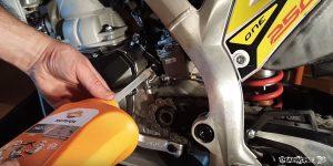 tutorial cambio aceite moto trial