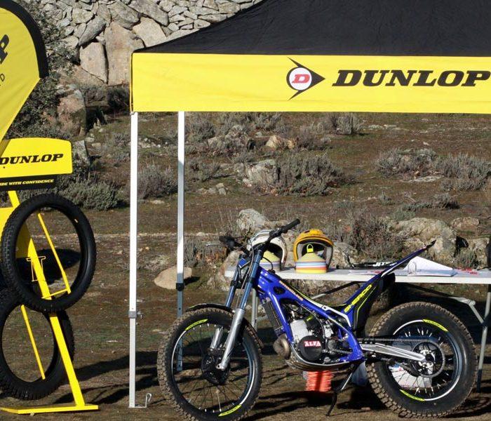 Dunlop D803 GP neumático oficial de Trialworld School