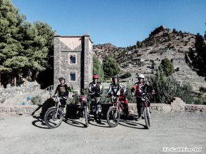 marruecos aventura moto de trial