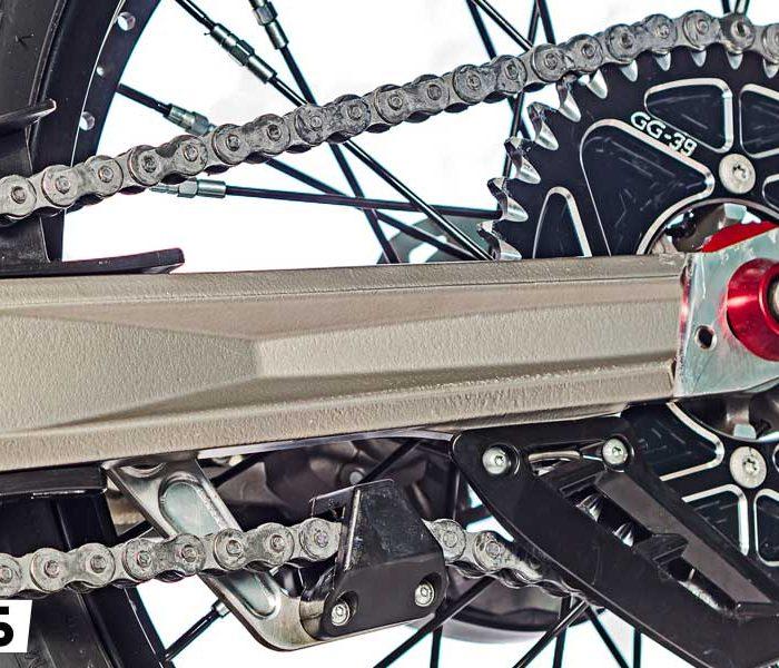 Sustitución del Kit de transmisión en la moto de trial