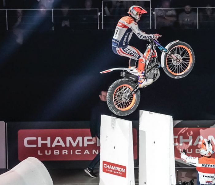 VIDEO | Final X-Trial Toni Bou VS Adam Raga en Reunion Island