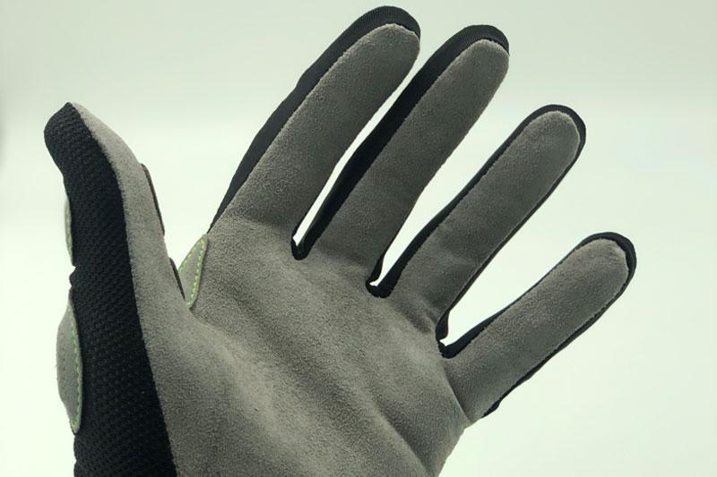 mots step4 guantes